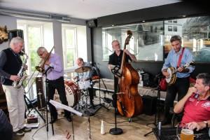 706.18b Hans Jørgen Wolf All Star Jazz Band (2)